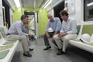Horacio Rodríguez Larreta - Larreta with then-mayor Mauricio Macri and SBASE chief Juan Pablo Picardo on a 200 Series train.