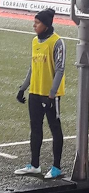 Kylian Mbappé - Mbappé warming up for Monaco in 2017.