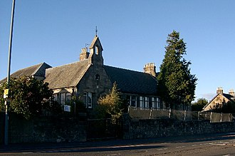 Newton Mearns - Image: Mearns Primary School, Newton Mearns, near Glasgow geograph.org.uk 60999