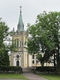 Mellby kyrka ext1.jpg