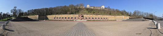 Memorial of Fighting France, Suresnes 001.JPG