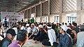 Menanti Waktu Berbuka Puasa di Masjid Istiqlal.jpg