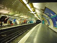 Metro - Paris - Ligne 12 - Mairie d Issy.jpg