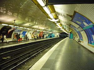 Mairie d'Issy (Paris Métro) - Image: Metro Paris Ligne 12 Mairie d Issy