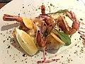Midi Minuit Confluence (restaurant) - Gambas décortiquées; enrobées dans une feuille de brick, risotto maison.JPG