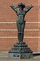 Militarismen - skulptur ved Torvet i Vejen.jpg