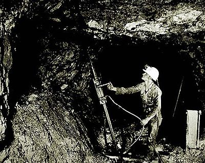 Miner extracting ore from Bunker Hill mine.jpg