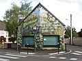 Molineuf - maison peinte.jpg