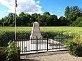 Monument des Fusillés à Nouvron-Vingré (Aisne).jpg