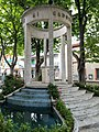 Monumento ai caduti di Esanatoglia.jpg