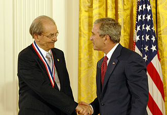 Jan D. Achenbach - Jan D. Achenbach receiving the 2005 National Medal of Science from president George W. Bush