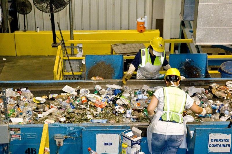 Municipal recycling facilities, Montgomery County, MD. 2007, Credit USEPA (14410405277)