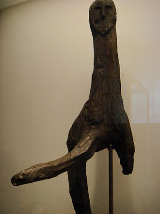 Anthropomorphic wooden cult figurines of Central and Northern Europe - Image: Nationalmuseet Cophenaghne Male figure