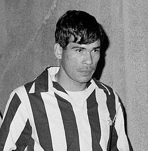 Néstor Combin - Image: Nestor Combin Juventus FC 1964 65