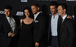 Joanna Going - Nick Jonas, Going, Matt Lauria, Frank Grillo, and Jonathan Tucker at the premiere of the Kingdom in October 2014