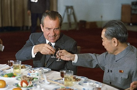 Nixon and Chinese Premier Zhou Enlai toast during Nixon's 1972 visit to China Nixon and Zhou toast.jpg
