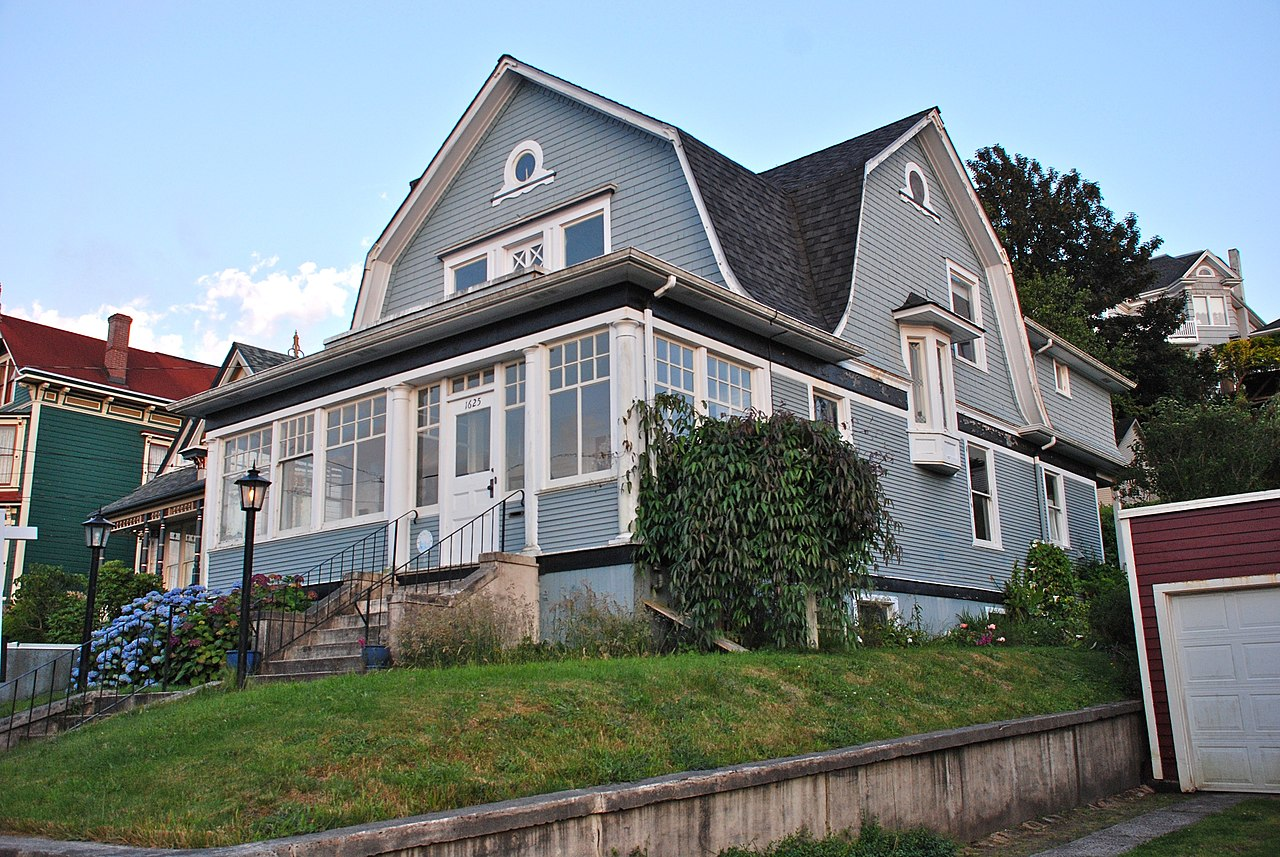 File noonan norblad house astoria for Building a home in oregon