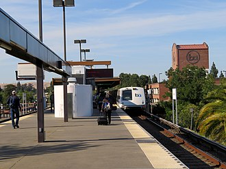 Concord station (BART) - A northbound train leaving Concord station in 2018