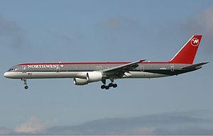 Northwest Airlines Boeing 757 Spijkers.jpg