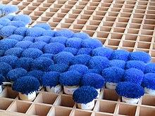 Nuancier bleu utilisé à la manufacture de la Savonnerie