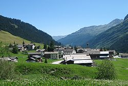 Nufenen Dorf.jpg