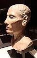 Nuovo regno, XVIII dinastia, testa virile, calcare dipinto, 02.JPG