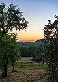 Oberstenfeld - Lichtenberg - Westhang - Streuobstwiese nach Sonnenuntergang.jpg