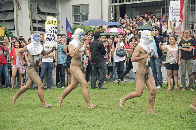 Oblation Run at University of the Philippines Los Banos