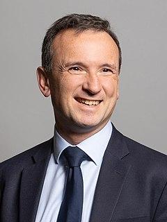 Alun Cairns British Conservative politician