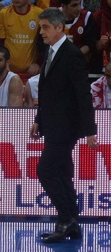 Oktay Mahmuti — Wikipédia