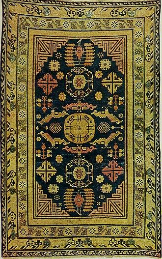 Gul (design) - Turkmen carpet with 3 central gul medallions