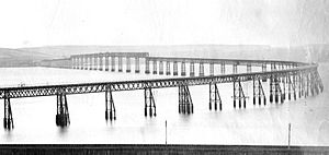 Cast-iron architecture - Original Tay Bridge from the north