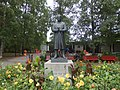 Oslo, Vigeland Park, statue of Vigeland.jpg