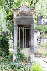 Tomb of Berthault