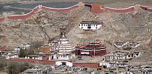 Architecture in Tibet - Palcho Monastery