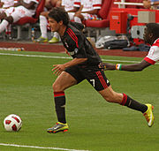 Pato Emirates Cup 2010.jpg
