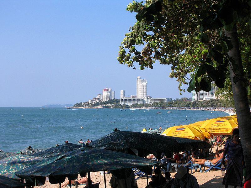 File:Pattaya Beach Wong Amat Thailand.jpg