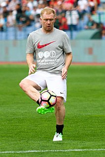 Paul Scholes English association football player