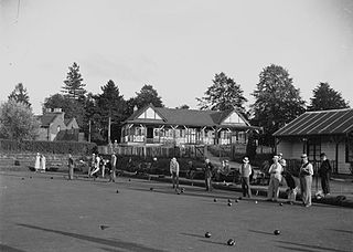 Llandrindod Wells Pavilion and bowling green