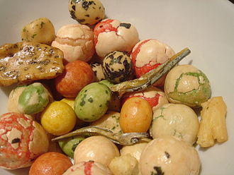 Arare (food) - Image: Peanut Arare