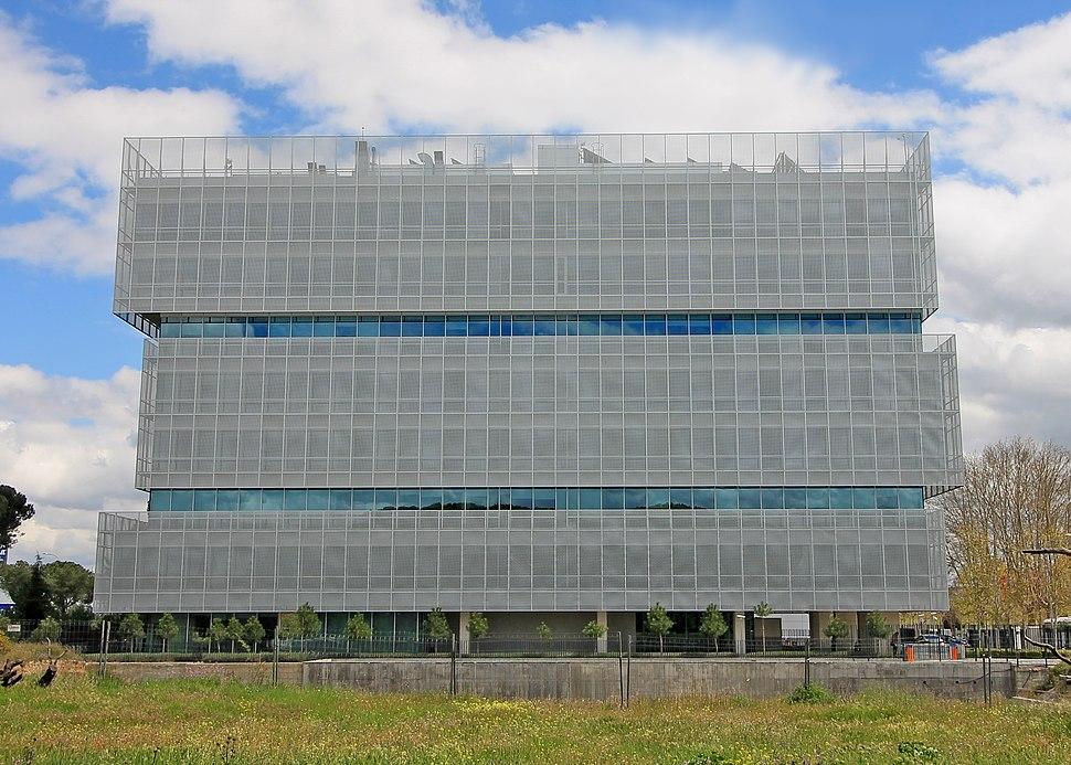 Pegaso City - Edificio Lamela (Madrid) 01