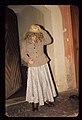 Pehtra baba iz Ziljske doline 1967 - Pehtra se oblači (2).jpg