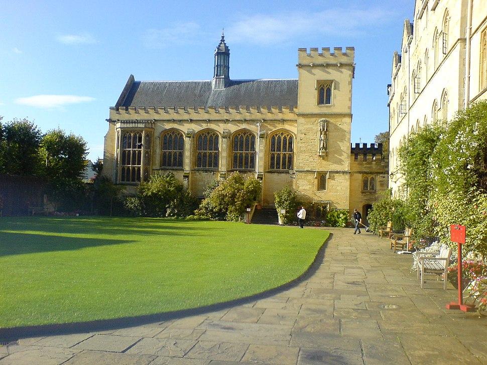 Pembroke College Chapel Quad