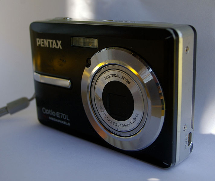 File:Pentax Optio E70L.jpg