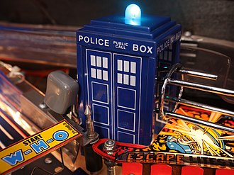 Doctor Who (pinball) - Tardis in playfield