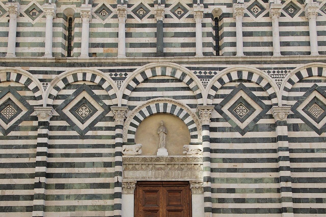 Pistoia, chiesa di San Giovanni Fuorcivitas (07).jpg