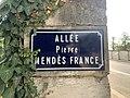 Plaque Allée Pierre Mendès France - Bourg-en-Bresse (FR01) - 2020-09-16 - 2.jpg