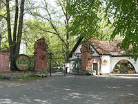 Hlavní brána do areálu pivovaru