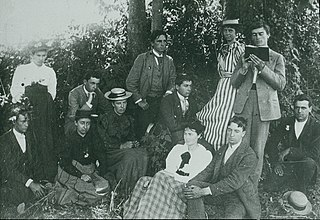 The Pomona class of 1894 gathered outdoors