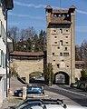 Porte de Morat (Fribourg) - Murtenturm und Stadtmauer (Freiburg).jpg